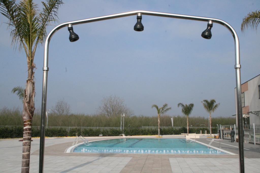 Falco Sport Village: esterno con piscina